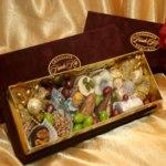 Набор шоколадных конфет Chocolate boutique French Kiss Ручной работы фото