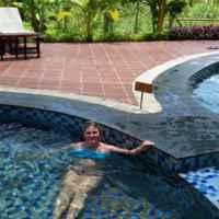 Самый горячий бассейн. Здесь температура 39 С!