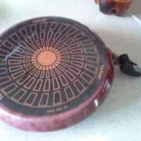 Сковорода блинная Tefal  Enjoy 04025122 22см фото