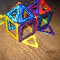 домики из деталей магнитного конструкттора