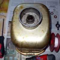 Хлебопечка Mystery MBM-1202 - износился сальник и ведерко дало течь. Разобрать и смазать ось литолом