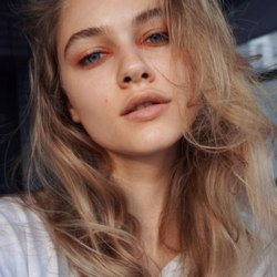 Lira Skov аватар