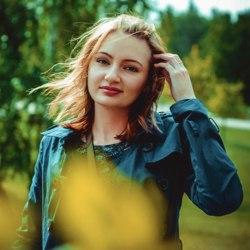 Яна Попугаевна аватар