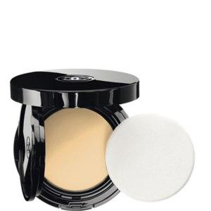 Крем-пудра Chanel Vitalumiere Aqua Fresh And Hydrating Cream Compact фото