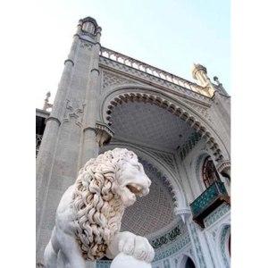 Воронцовский дворец в Алупке. Крым фото
