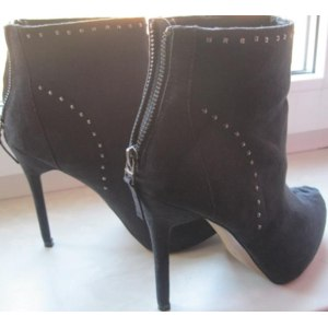 Обувь женская  Bershka  фото