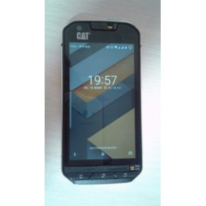 Мобильный телефон Caterpillar S60 фото