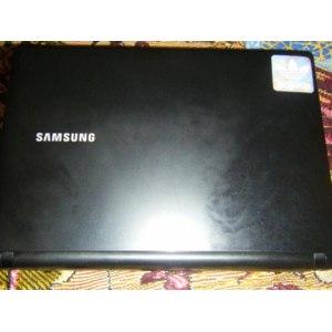 Нетбук Samsung N-145 фото