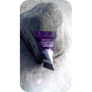 Скраб для лица Mizon Collagen Milky Peeling Scrub фото