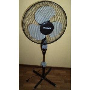 Вентилятор SCARLETT SC-379 фото