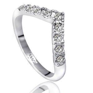 Кольцо Aliexpress Top Quality ZYR012 V Lover Hot Sell Elegant 18K White Gold Plated Wedding Ring Austrian Crystals Full Sizes Wholesale фото