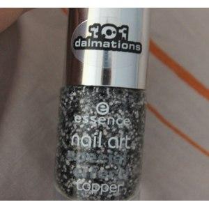 Лак для ногтей Essence 101 dalmations фото