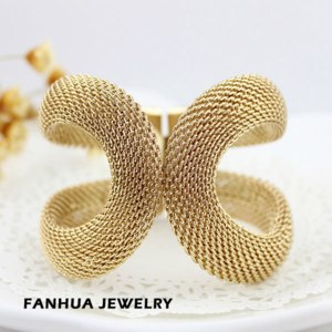 Браслет Aliexpress Christmas Gift Hot Selling Elegent Gold Color Alloy Wide With Spring Cuff Bracelet and Bangles Costume Jewelry фото