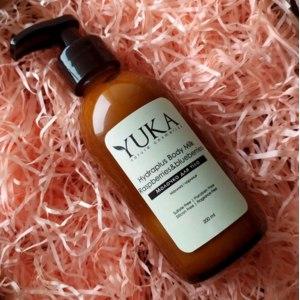 "Увлажняющее молочко для тела YUKA Nature Cosmetics ""Малина и черника"" фото"