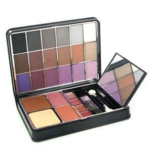Палитра для макияжа лица. Active Cosmetics Chic Palette Compact фото