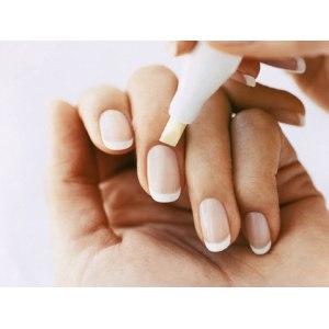 Карандаш-корректор для маникюра Milv для удаления подтеков лака с ногтя фото