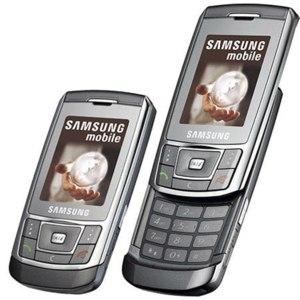 Samsung SGH-D900i фото