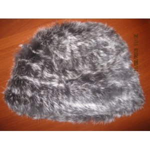 Шапка AliExpress 1PCS Free Shipping from Manufactory Genuine Knitted Rabbit Fur Hat Real Fur Cap Female Hand Knitted Rabbit Fur Cap Drop Shipping фото