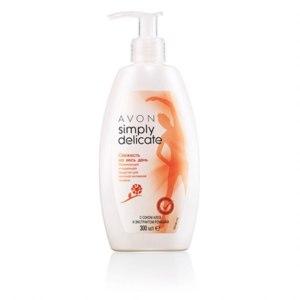 Освежающее очищающее средство для женской интимной гигиены Avon с соком алоэ и экстрактом ромашки фото