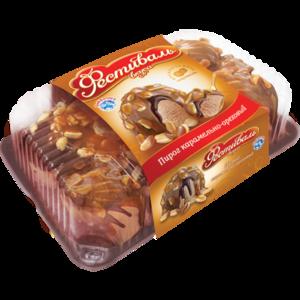 Мороженое СибХолод C растительным жиром с ароматом карамели декорированное шоколадным топингом, мягкой карамелью и арахисом «Фестиваль вкуса пирог карамельно-ореховый» фото