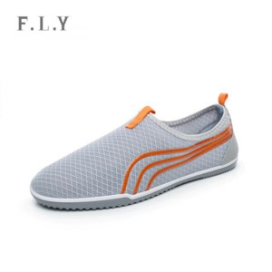 Кроссовки Aliexpress HOT new 2105 men Mesh soft summer beach shoes Breathable Slip-on lazy men loafers footed shower casual sneakers Plus size PX0082 фото
