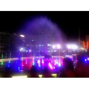 Cветомузыкальный фонтан в городе Нетания,  Нетания фото