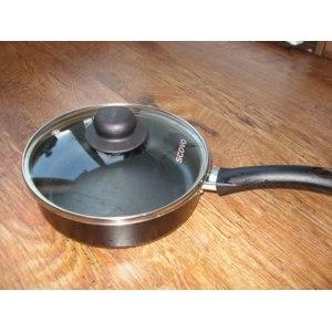 Сковорода Scovo Consul с антипригарным покрытием non stick фото