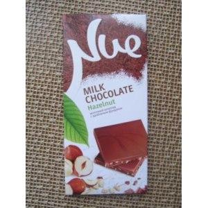 Шоколад Nue Hazelnut Молочный с дробленым фундуком фото