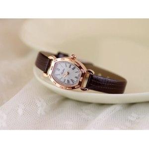 Часы женские Aliexpress 2014 New Arrive Women Leather Strap Watch ,Women Dress Watches.Women Rhinestone Wristwatches.Fashion watches Clocks/Reloj. фото