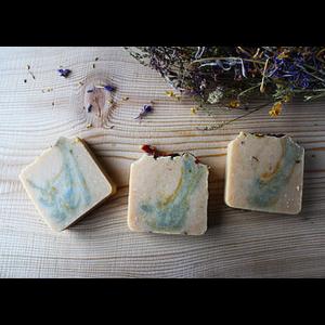 Мыло ручной работы Ayurvidic Soap Laura Forest Йогурт из козьего молока и весеннее цветение  фото