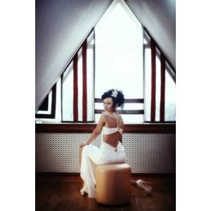 """Платье Jovani Облегающее белое (силуэт """"русалочка"""") декорированное цепью на груди и спине фото"""