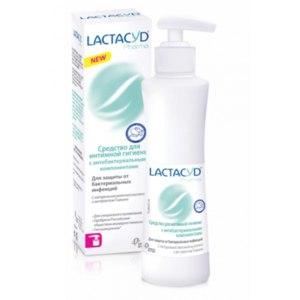 Гель для интимной гигиены Lactacyd pharma С антибактериальными компонентами фото
