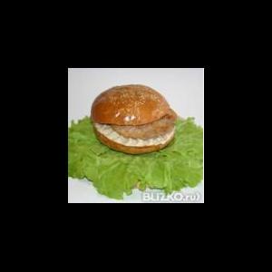 Готовый бутерброд Питон Гамбургер №3 с мясной котлетой фото