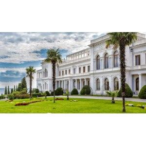 Экскурсия из Ялты в Ливадию, Воронцовский дворец, Ласточкино гнездо фото