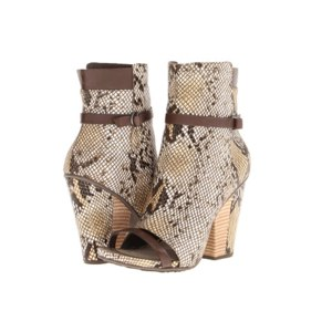 Модельная обувь Tsubo Sevan фото