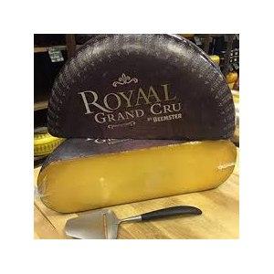 Сыр Сирне королiвство Бемстер Роял Гранд Крю фото