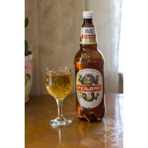 Пиво FEILONG светлое пастеризованное. фото