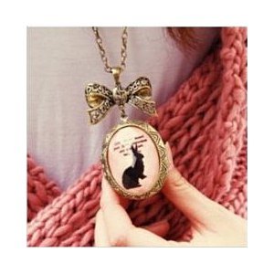 Подвеска Tinydeal Vintage Style Bowknot Rabbit Patterned Oval Pendant Photo Locket Necklace/Long Sweater Chain for Girl Lady Woman WNL-55148 фото