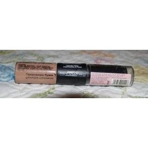 Тональный крем и маскирующий карандаш Revolline Ультрастойкий фото