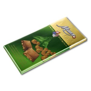 Шоколад Munz Suisse Milk Chocolate whole Hazelnuts фото