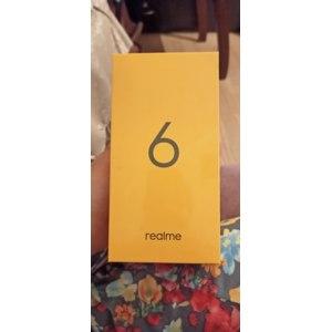 Мобильный телефон Realme 6 фото