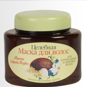 Маска для волос Рецепты бабушки Агафьи Целебная для нормальных и жирных (ржаной хлеб и яичные желтки) фото