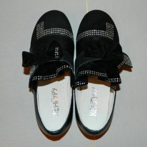 Туфли Кенгуру детские со стразами фото