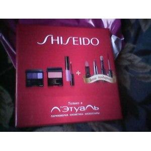 Набор Shiseido декоративной косметики фото