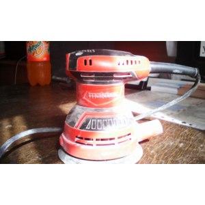 Шлифовальная машина Maktec MT924 эксцентриковая фото