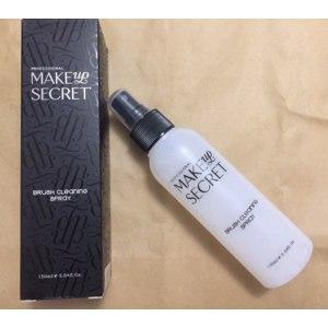 Спрей для очистки кистей Make up secret Brush cleaning spray  фото