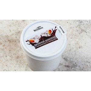 Мороженое ВкусВилл / Избёнка «Двойной шоколад с маршмэллоу и миндалём» фото