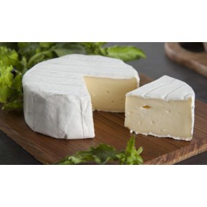 Сыр с плесенью ВкусВилл / Избёнка Бри фото