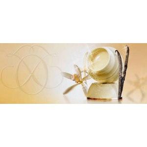 Смягчающее средство Oriflame «Нежная забота» с ароматом ванили фото