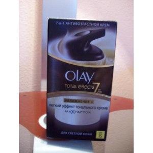 Крем для лица Olay Total Effects7x увлажнение +легкий эффект тонального крема фото